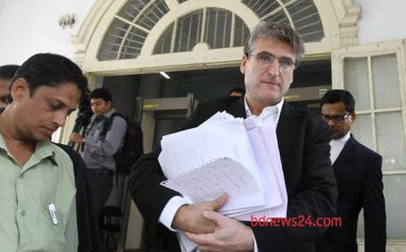 David Bergman at Bangladesh High Court. ©bdnews24