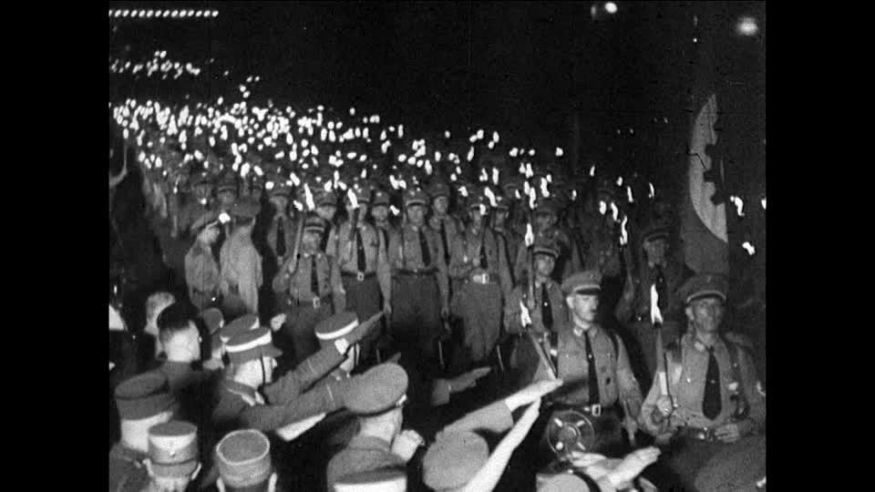 Kuvahaun tulos haulle nazi torches